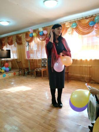 Святковий концерт, присвячений Міжнародному жіночому дню 8 Березня відбувся в Макіївському ПУСР ім. А.С.Макаренка